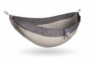 Launched Through Kickstarter Back In 2011, Kammok Claims Itself As U201cthe  Worldu0027s Best Camping Hammock.u201d Spacious, Durable And Colorful, The Kammok  Roo ...
